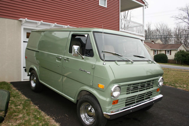 1973 ford econoline e 100 short wheel base van cargo and 1 side door classic ford e series van. Black Bedroom Furniture Sets. Home Design Ideas