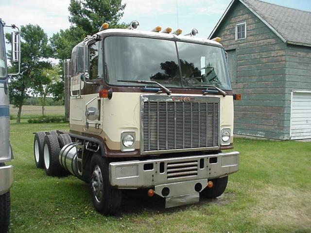 1973 Gmc Astro 95 Sleeper Cab Plus 1981 Astro Parts Truck