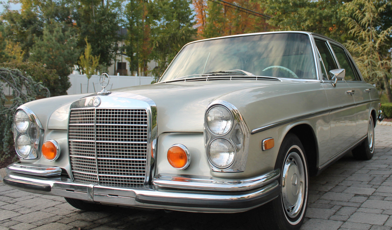 1973 mercedes benz 280sel 4 5 liter 94k 108 floor shift for 5 series mercedes benz