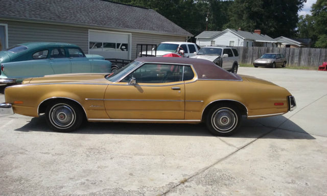 1973 Mercury Montego Gold Body Brown Vinyl Hardtop