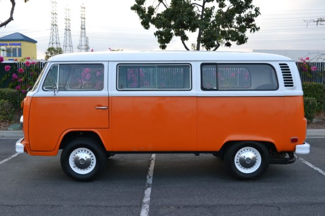 1973 VW BUS *excellent interior and exterior condition* 99% RUST FREE - Classic Volkswagen Bus ...