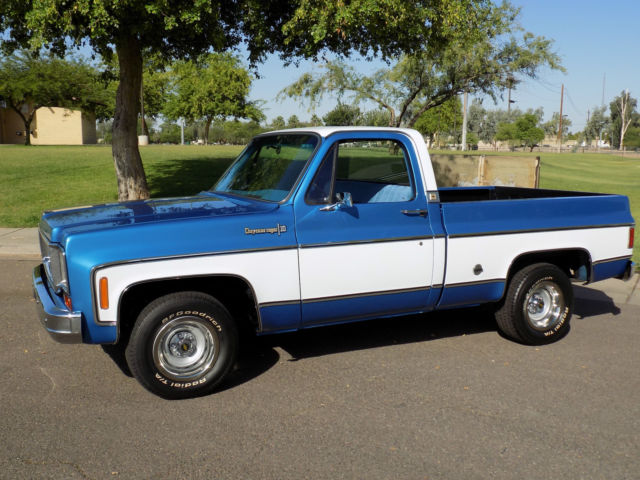 Dark Blue Square Body Chevy Paint