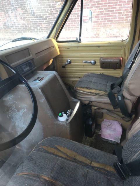 1974 Chevy Coachmen Camper Van Looks Bad Runs Well