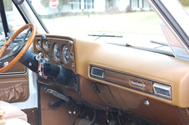 1974 GMC 3500 Square Body Dually Chevy Silverado truck ...
