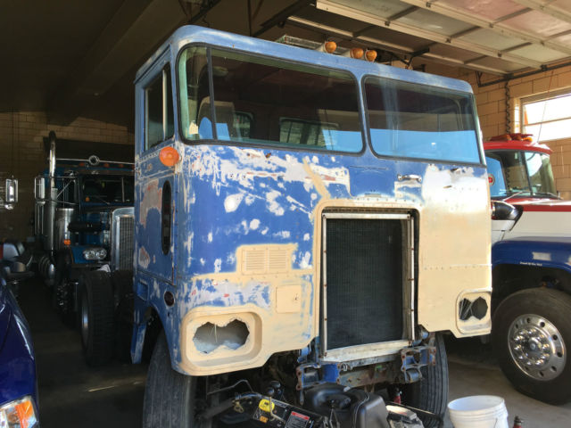 1974 Peterbilt 282 daycab single axle cabover NTC 350 ...