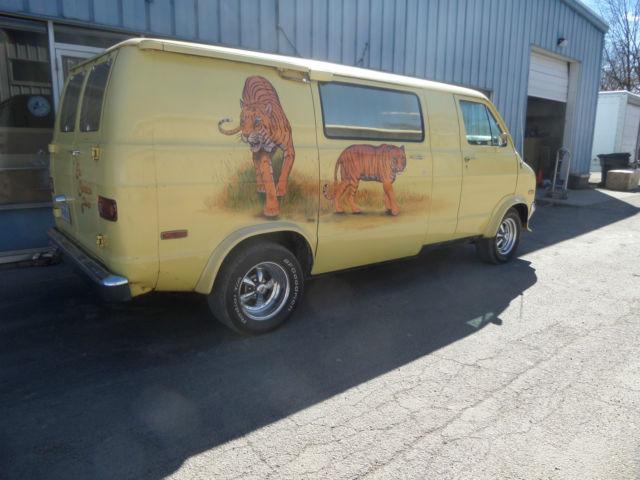 1975 Dodge Tradesman 100 Van Custom Hippy Shaggin Wagon Hippie All