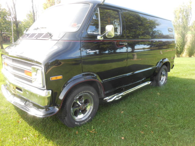 1975 dodge tradesman 200 van ram love van classic dodge. Black Bedroom Furniture Sets. Home Design Ideas