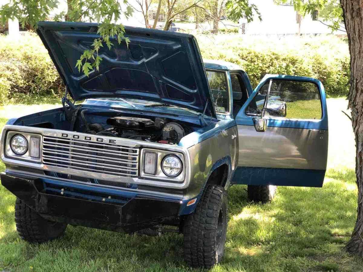1975 Dodge W100 Pickup Blue 4wd Manual 100