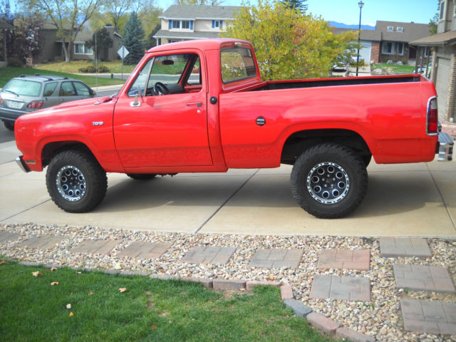 1975 Dodge W100 Power Wagon Short Bed Truck 4x4 Mopar