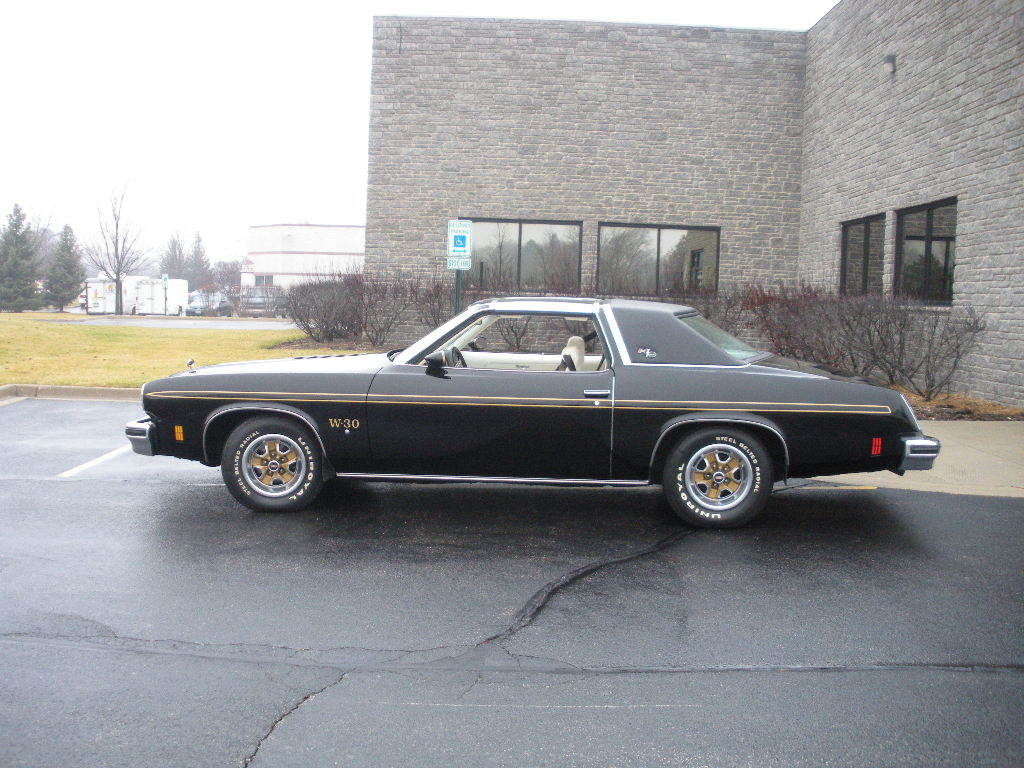 1975 Hurst Olds W30 - Classic Oldsmobile Hurst W30 1975 for sale