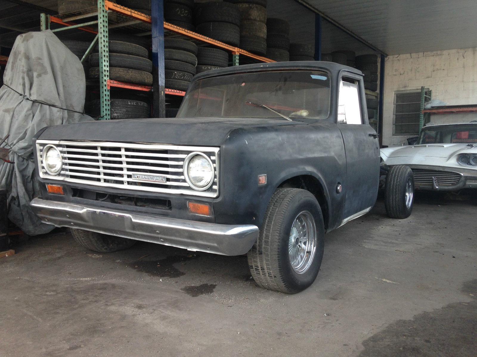 1975 International harvester pickup Chevy 305 engine truck