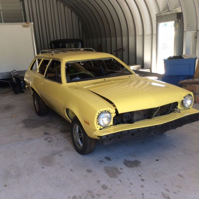 Classic Ford Pinto Wagon 1975