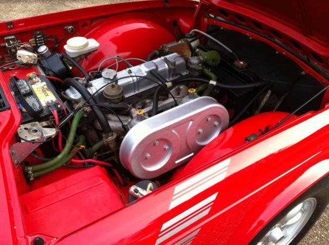 1975 Triumph TR6 w/ hard top & extra set of mini-lite wheels