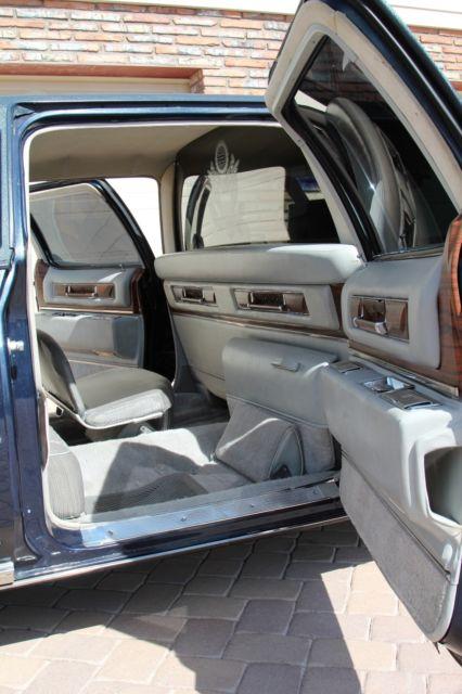 1976 Cadillac Fleetwood 75 Limo Classic Cadillac