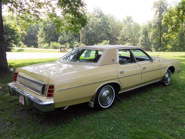 1976 Ford Ltd Base Yellow 351 V8 Automatic Classic Ford