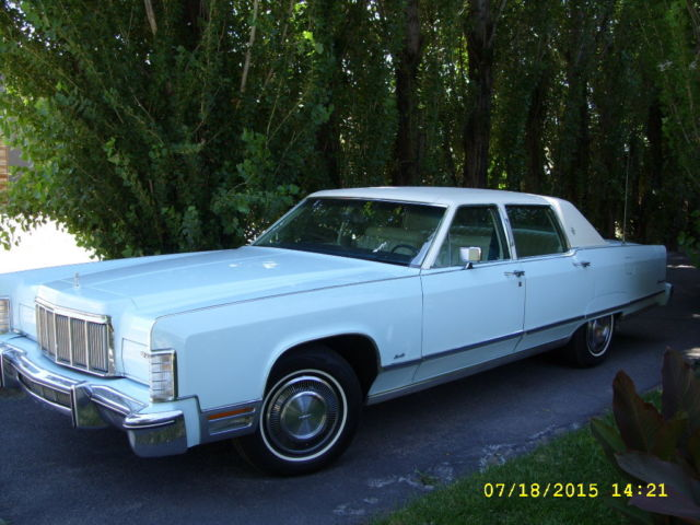 1976 Lincoln Town Car This Car Is In Amazing Shape For Being 40