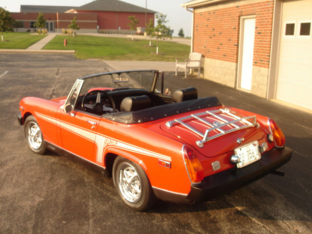 American Hustle, Part 2 – 1976 Oldsmobile Cutlass | Rusty But Trusty