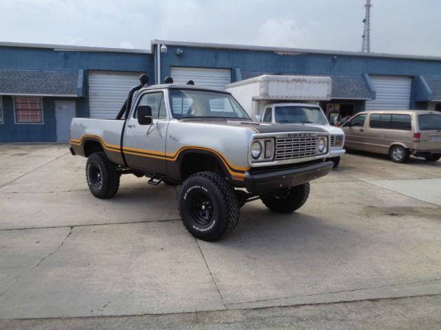 Dodge Macho Power Wagon Factory Skylight Big Block Short Bed X on 1977 Dodge Power Wagon Macho