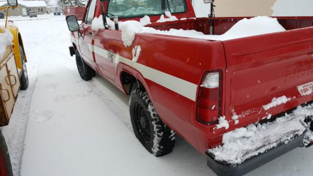 dodge power wagon    pickup truck   wheel drive pto pump  classic dodge