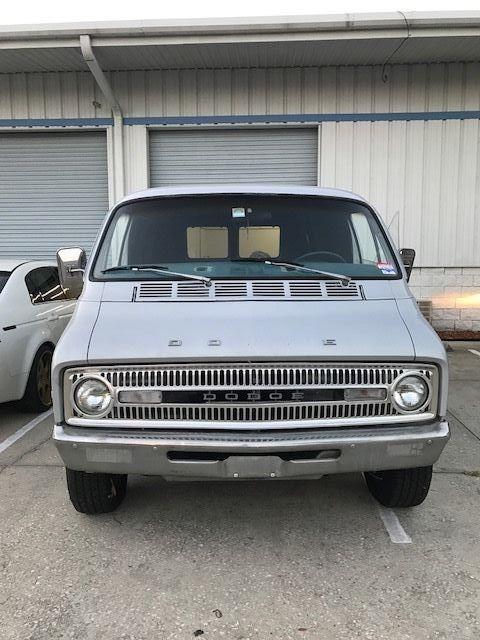 1977 Dodge Tradesman Van B100 Shorty Vanning Vanner Boogie