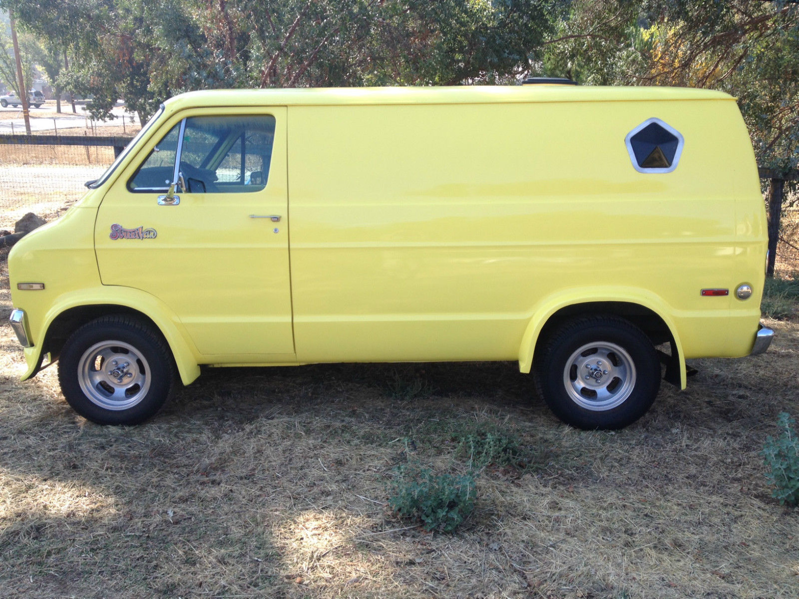 1977 dodge van street van classic cruiser vintage tradesman classic dodge ram van 1977 for sale. Black Bedroom Furniture Sets. Home Design Ideas
