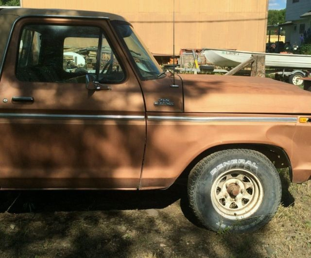 1977 ford custom 150 with a 300 inline 6 cylinder 2 wheel drive classic ford f 150 1977 for sale. Black Bedroom Furniture Sets. Home Design Ideas