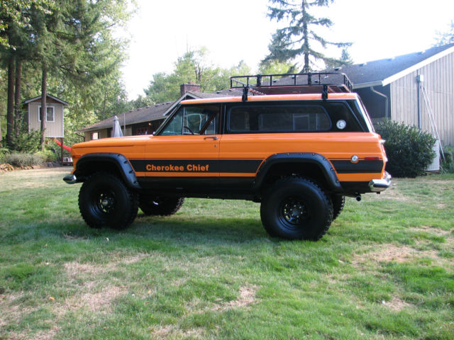 1977 Jeep Cherokee Chief Sport Wide Track 4x4 Restored