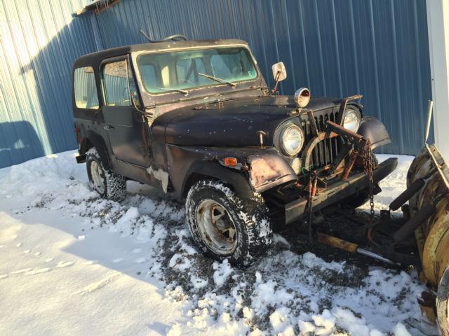 1977 Jeep CJ7 With Snow Plow. 1977 Jeep Wrangler