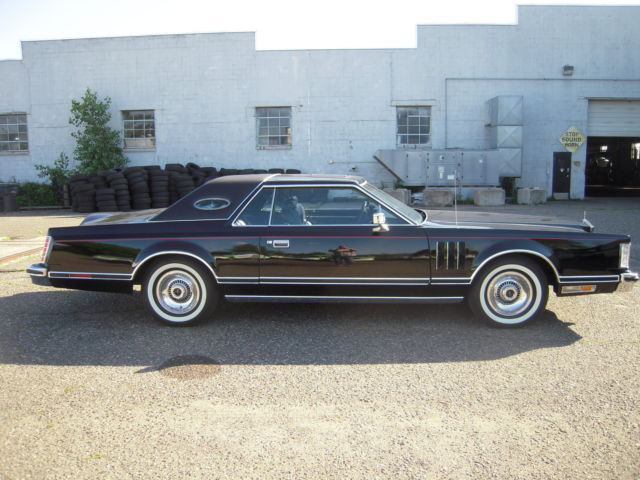 1977 Lincoln Mark V Triple Black Classic Lincoln Mark