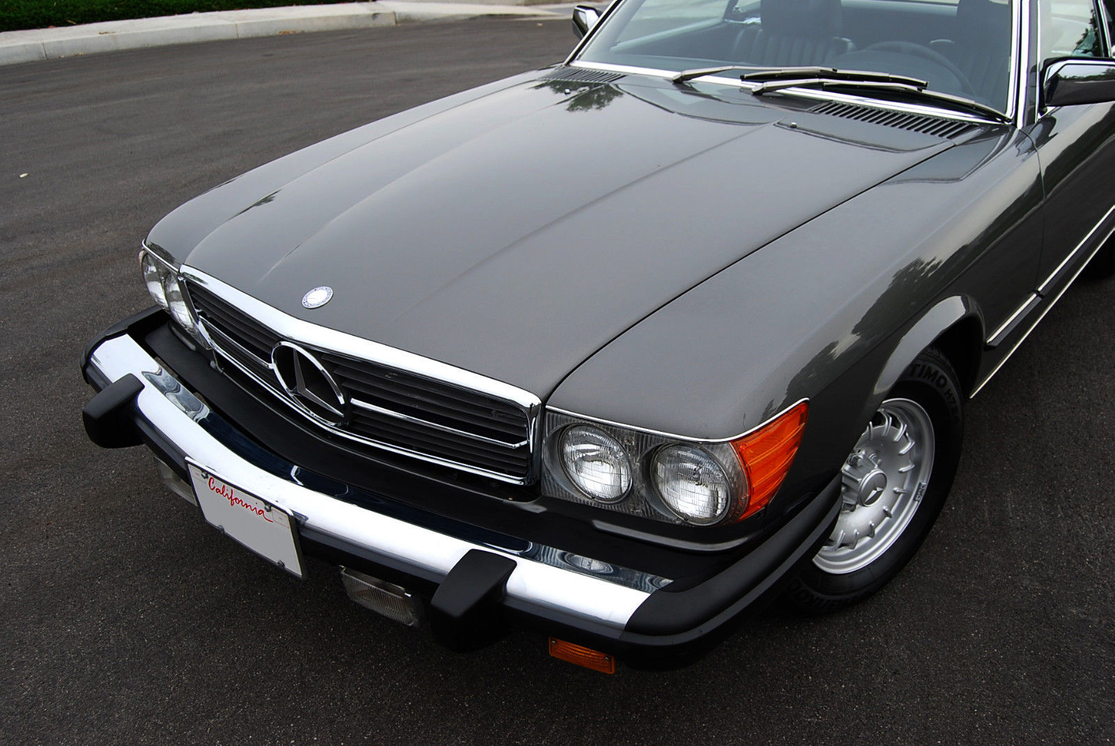 1977 mercedes benz 450 sl w 107 w107 sl roadster for Mercedes benz sl coupe