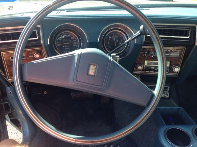 1977 Oldsmobile Cutlass Supreme Brougham Classic