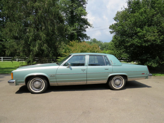 1978 Antique Top Of Line Full Size Oldsmobile 98