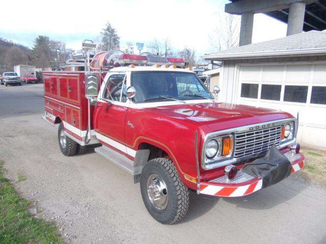 1978 DODGE POWERWAGON CUSTOM 400 4X4 MINI PUMPER BRUSH FIRE