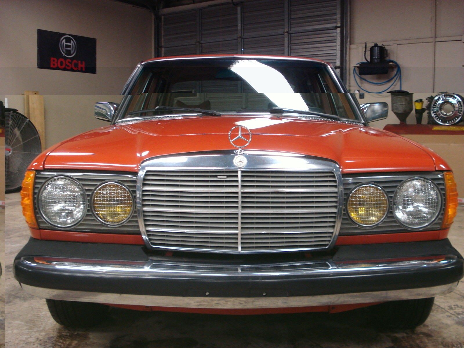 1978 mercedes 300d diesel orange on palomino classic for Mercedes benz 300 diesel