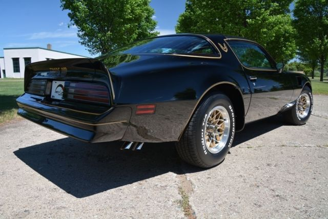 1978 pontiac firebird trans am special edition y82 smokey and the bandit