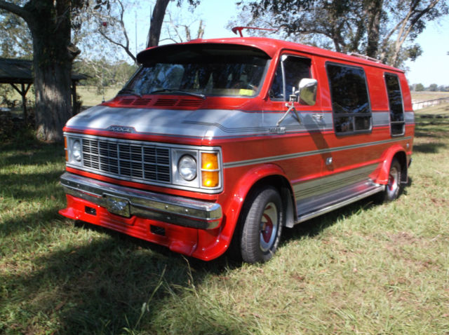 1979 dodge b 200 custom street hippie camper van amazing condition from the 70 39 s classic dodge. Black Bedroom Furniture Sets. Home Design Ideas