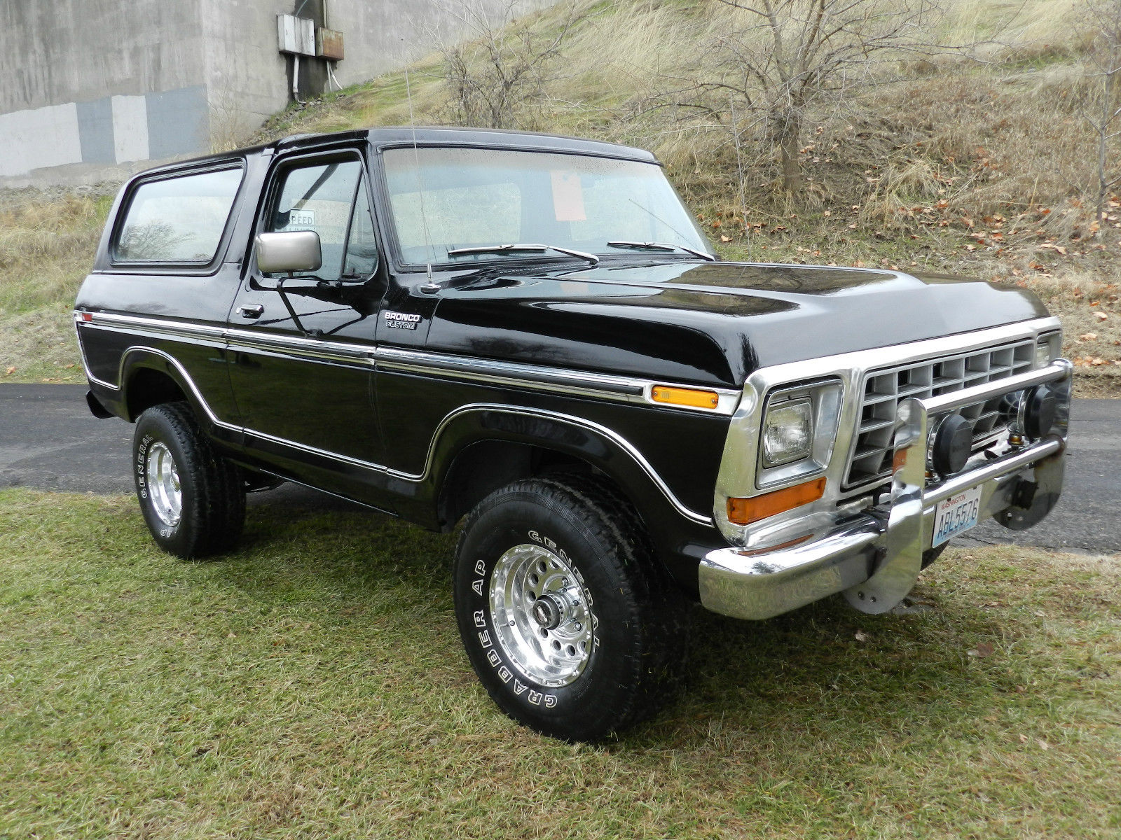 1979 ford bronco f150 4x4 xlt black on black classic solid original body classic ford bronco. Black Bedroom Furniture Sets. Home Design Ideas