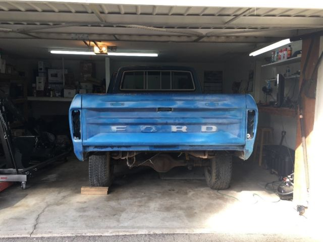 1979 Ford F-150 4x4 with Rare factory front and rear ...