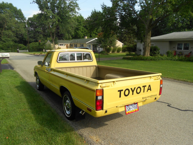 1979 Toyota Pickup Base Standard Cab Pickup 2 Door 2 2l