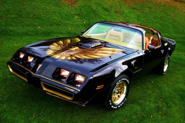 1977 Pontiac Firebird Trans AM Smokey and the Bandit