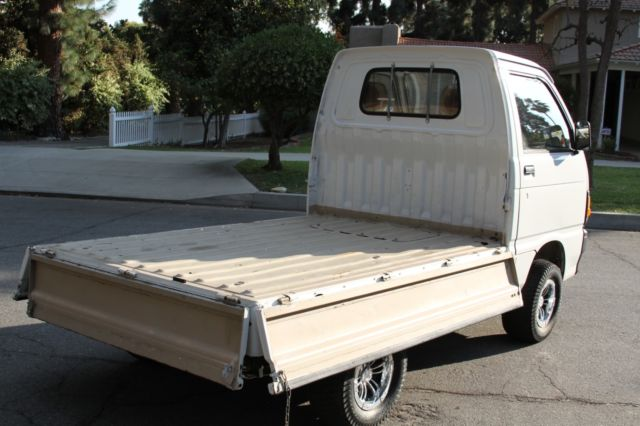 1980 daihatsu mini micro kei truck left hand drive street legal japanese rare classic daihatsu. Black Bedroom Furniture Sets. Home Design Ideas
