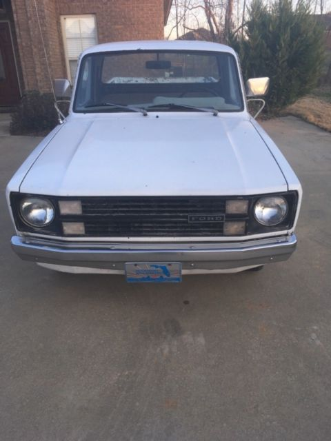 1980 ford courier pickup 2 3 l 4 cyl engine 5 speed manual transmission classic ford other. Black Bedroom Furniture Sets. Home Design Ideas