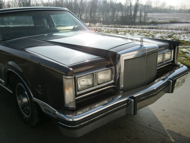 1980 lincoln continental town coupe classic lincoln. Black Bedroom Furniture Sets. Home Design Ideas
