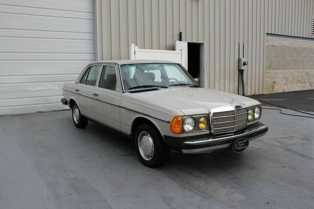 Knoxville Used Cars >> 1980 Mercedes-Benz 200-series 240D 2.4L Diesel W123 Sedan ...
