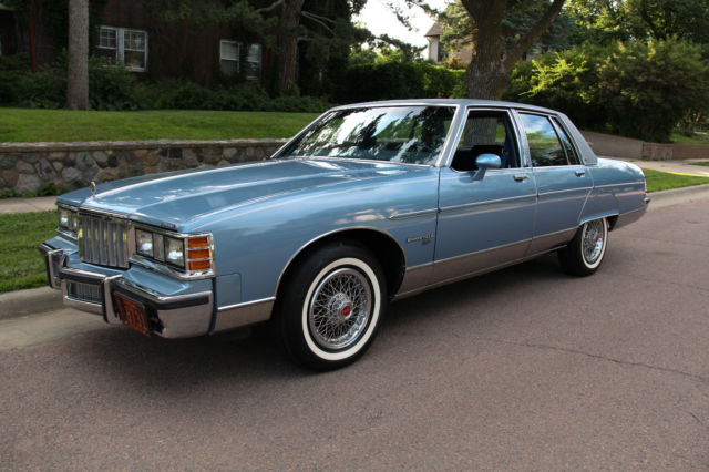 1980 Pontiac Bonneville Brougham Sedan 4 Door 4 9l 5 182