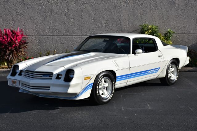 1981 Chevrolet Camaro Z 28 Matching Numbers 0 White W Blue Stripes Coupe 350 C Classic