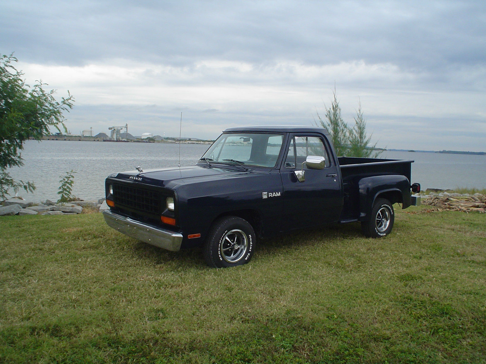 Six Door Truck For Sale >> 1981 DODGE D150 STEPSIDE 61,807 MILES. 6CLY. 4 SPEED - Classic Dodge Other Pickups 1981 for sale