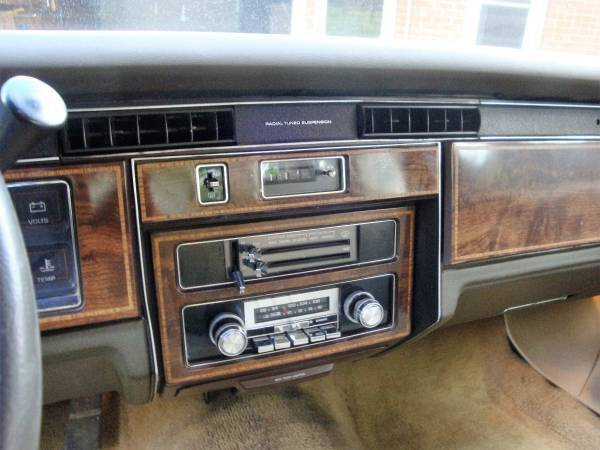 1981 Pontiac Bonneville Base Sedan 4 Door 5 7l Classic
