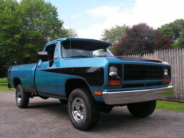 1982 dodge ram ton pick up 4x4 this truck has been. Black Bedroom Furniture Sets. Home Design Ideas