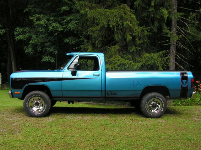 Dodge Ram W Pickup on Dodge Ram Engine Block